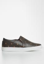 POLO - Giselle monogram elastic slip on - brown