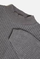 Glamorous - Petite high neck jumper- grey