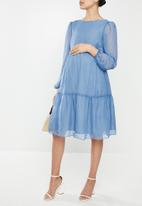Glamorous - Maternity sheer sleeve tiered - blue