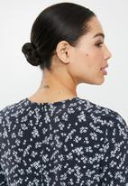 Glamorous - Long sleeve dress - black flower