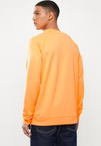 adidas Originals - Trefoil crew top - orange