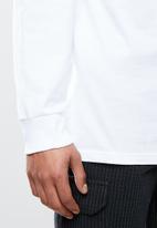 Vans - Left chest hit long sleeve tee - white