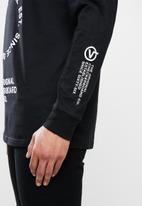 Vans - Distortion long sleeve tee - black