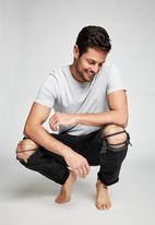 Cotton On - Tapered leg jean - black
