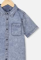 Cotton On - Resort short sleeve shirt - denim wash
