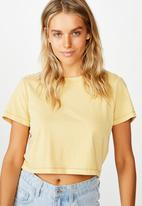 Cotton On - The baby tee - washed new wheat