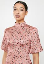 Glamorous - Rose spotted midi with puff sleeve - pink