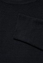 Superbalist - Chevron regular fit textured knit - black