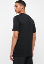 Nike - Nsw jdi short sleeve tee - black