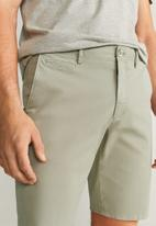 MANGO - Gracia bermuda shorts - light pastel green