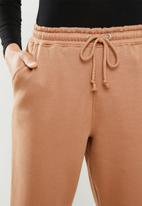 Missguided - Oversized 90s jogger - brown