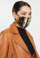 Superbalist - Vintage print and orange mask pack - multi