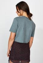 Factorie - Short sleeve raw edge crop T-shirt - washed grey