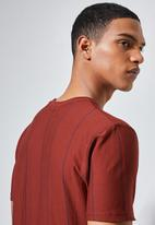 Superbalist - Nate vertical stripe tee - burgundy & navy
