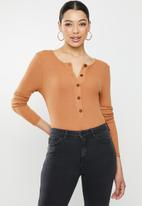 Missguided - Ribbed button up bodysuit - brown
