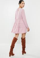 Missguided - Tiered half sleeve smock dress - pink