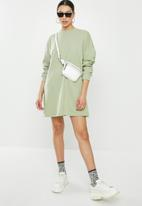 Missguided - Oversized sweater dress - sage