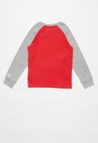 Nike - Nike boys Nike Air long sleeve raglan - red & grey