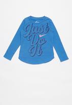 Nike - Nike girls just do it script long sleeve tee - blue