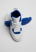 POP CANDY - Ttk slash boot 3 - white & blue
