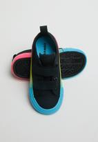 Converse - Chuck taylor all star 2v rainbow ice ox - black/racer pink/gnarly blue