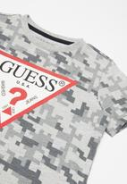 GUESS - Boys printed short sleeve T-shirt - grey