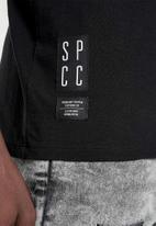 S.P.C.C. - Bridge straight hem logo tee - black