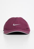 Nike - U nk dry arobill fthlt cap - villain red