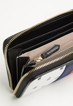 POLO - Kensington zip around purse - multi