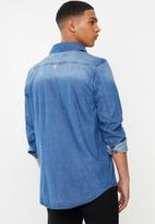 GUESS - Dark wash demin shirt - blue