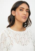 Jacqueline de Yong - Cole cropped pullover knit - beige