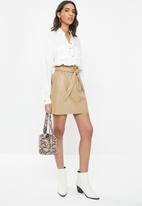 Vero Moda - Awardbelt short coated skirt - neutral