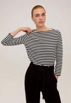 MANGO - T-shirt saco - black & white