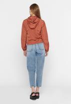 Jacqueline de Yong - Reach hood jacket treats - rust