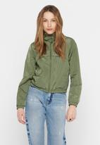 Jacqueline de Yong - Reach hood jacket treats - khaki