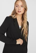 Vero Moda - Dorit 3/4 jacket - black