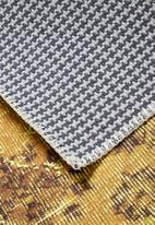 Hertex Fabrics - Majesty rug - citrine yellow