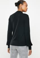 edit - Balloon sleeve turtle neck - black