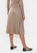 MILLA - Pleated knit skirt - brown