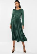 MILLA - Pleated wrap midi dress - green