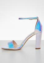Miss Black - Cosmopolitan heel - white