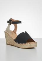 Miss Black - Letaba wedge heel - black
