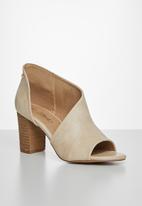 Miss Black - Tinos block heel - neutral