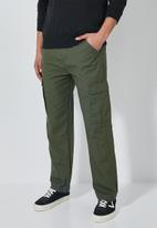 Superbalist - Carson tapered cargo pants - khaki