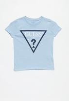 GUESS - Teens short sleeve guess core triangle crew tee - blue