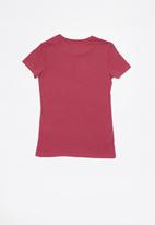 GUESS - Short sleeve anne tri tee - pink