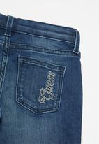 GUESS - Girls mid wash jean - blue