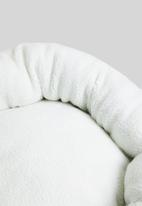 Sixth Floor - Full sherpa dog bed with faux leather handle - cream