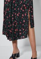 Superbalist - Asym pleated midi skirt - multi