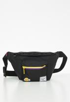 Herschel Supply Co. - Seventeen hip packs - black
